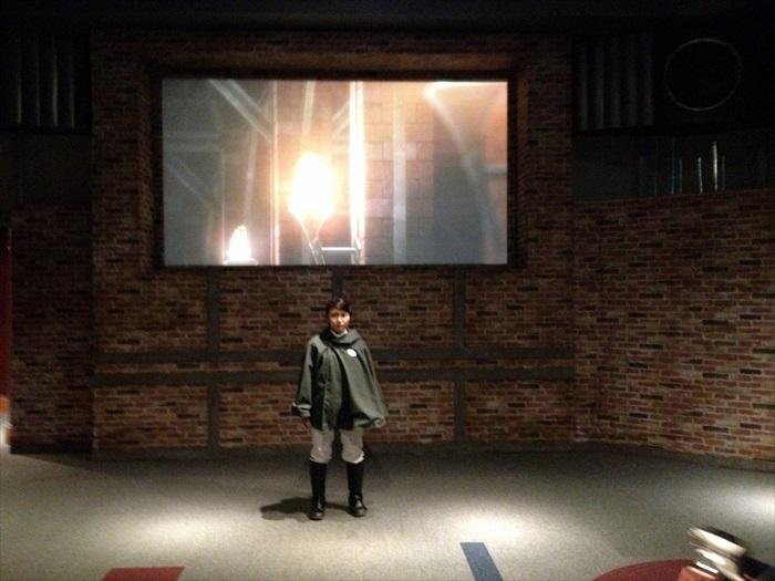 第一个房间,交代故事开端情节。
