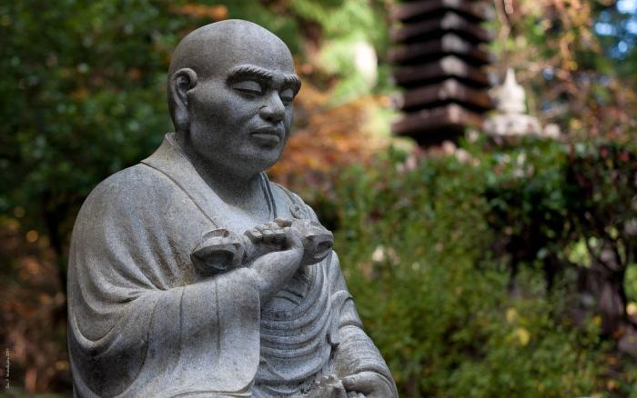 高野山是日本空海大师于816年创立真言密宗的地方,真言密宗是佛教的一个流派,总寺院便设在这里。