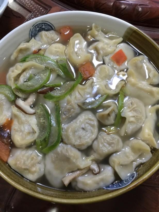 卖相朴实的菜肴,却能够尝出食材的鲜味。(三)