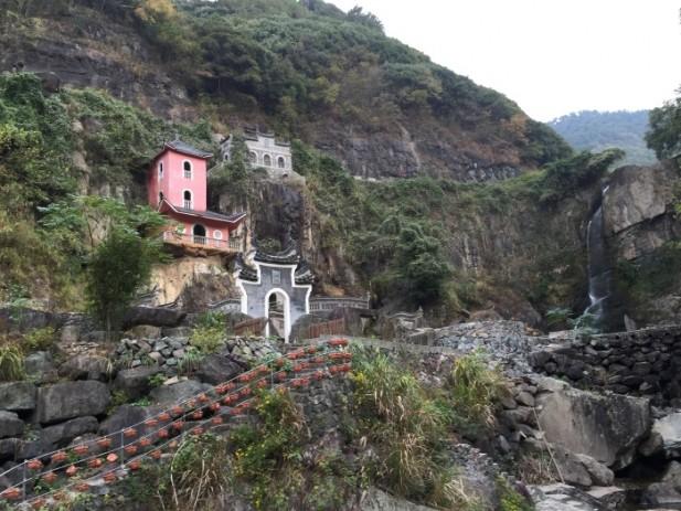 风景优美旦的龙门山庄。