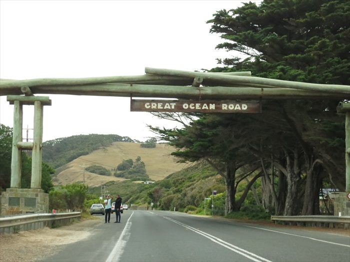 """欢迎光临单程300公里的""""大洋路"""";挺刺激、蛮好玩,而且美极了!"""