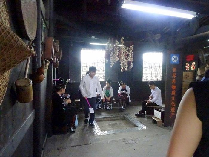 旅游桂林除了美景,还有多彩的当地民族值得大家花时间探讨。