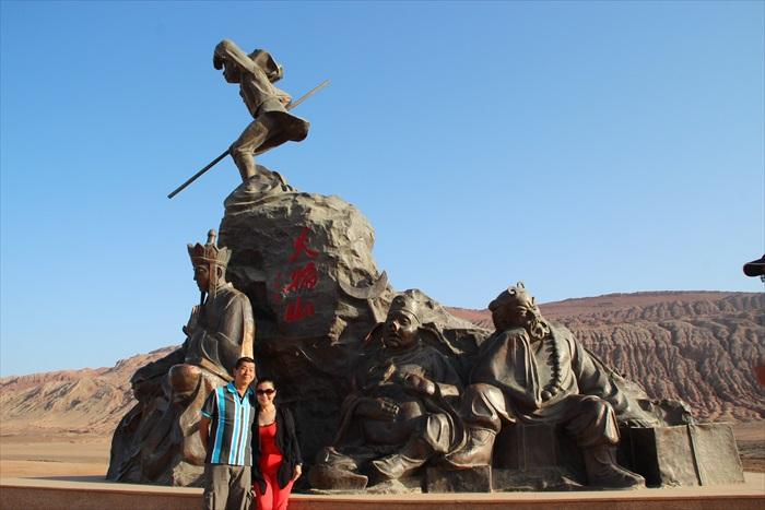 唐僧一行人的雕像。