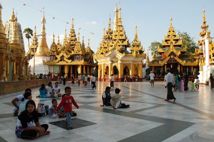 ShwedagonPagodaYangon