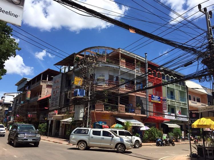 永珍市的老建筑物群以3-5层为主。