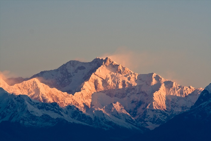 清晨于虎丘赏日出,让你亲睹壮观为何物。