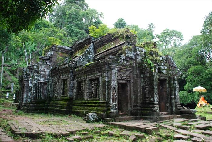 瓦普寺主殿保存尚好。