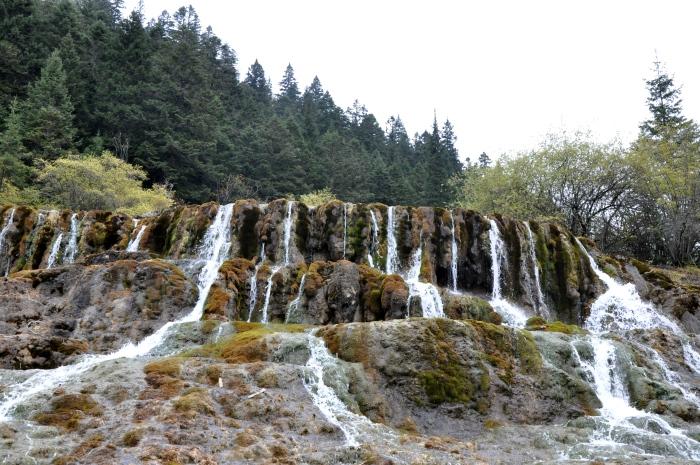 虽然拥有很漂亮的自然景致,但由于处于高海拔,旅者得在旅途中时时斟酌自己的身体状况而行。