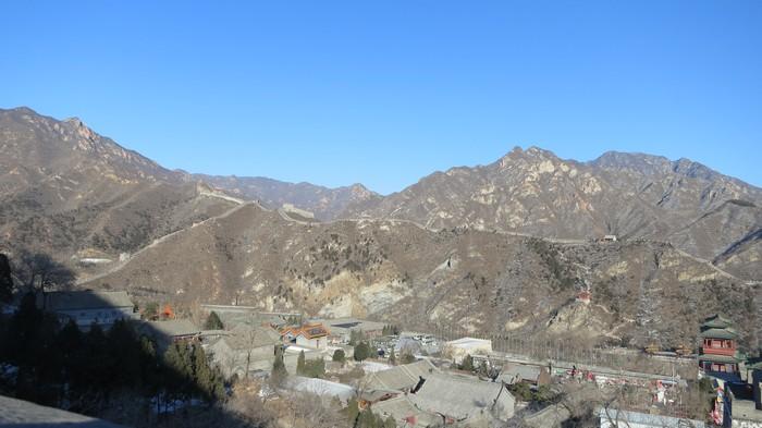 你看到那山上的长城吗?