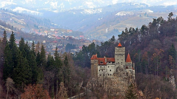 151221105305-bran-castle-romania-exlarge-169