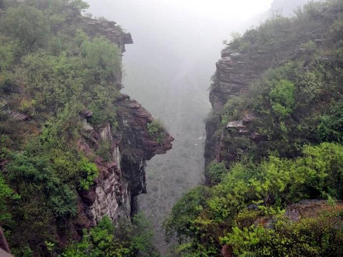 雾气袅袅,让云台山灵气逼人。
