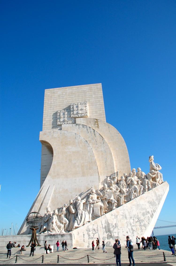 发现者纪念碑。
