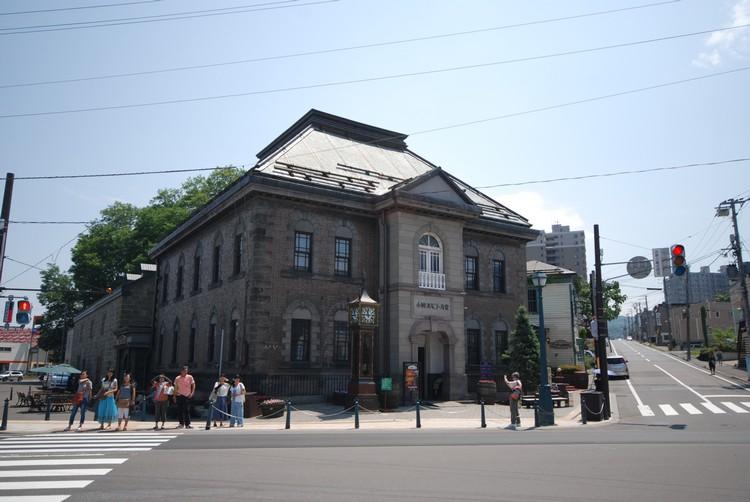 小樽音乐盒堂本馆外观。