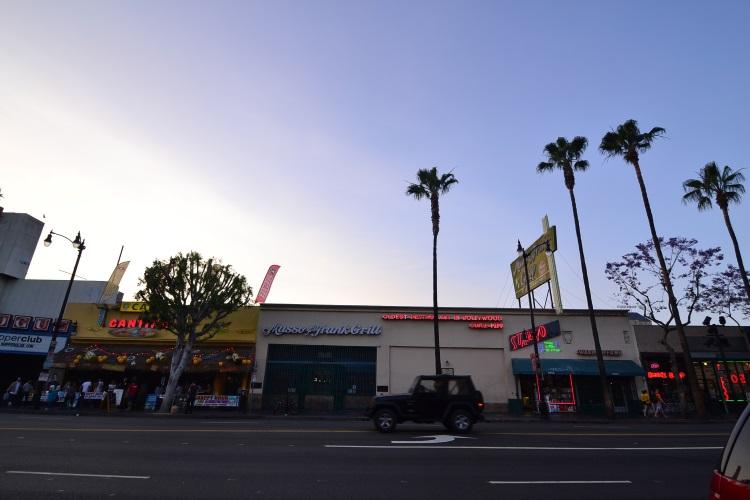 这趟公路旅行,终于洛杉矶的好莱坞道。
