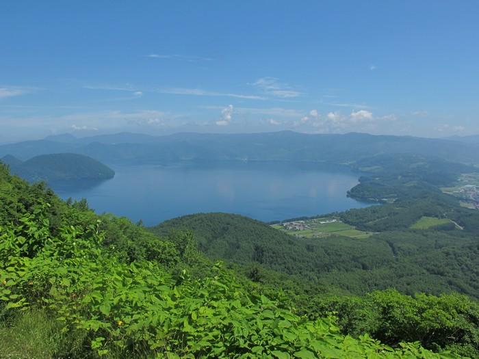 洞爷湖景也一并尽收眼帘。