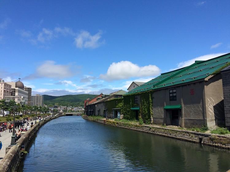 小樽运河是小樽最具象征性的地标。