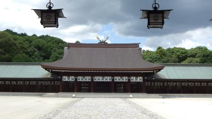 有着悠远历史的橿原神宫。