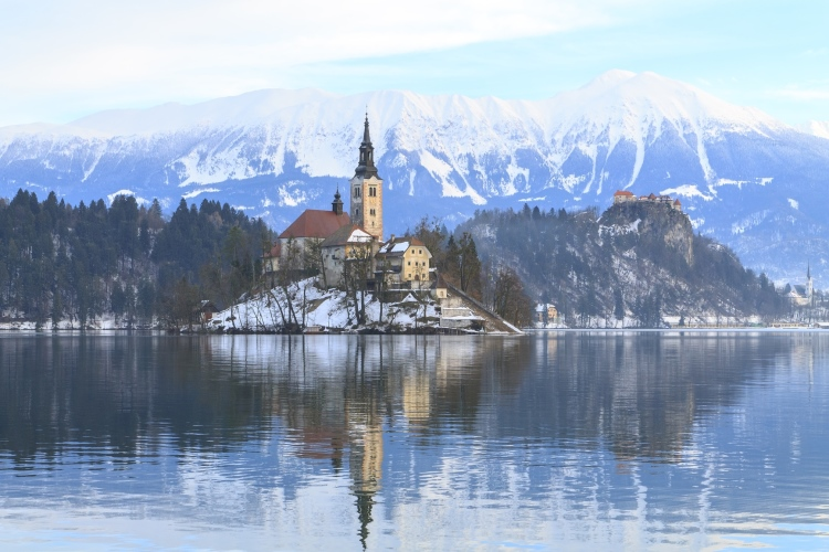 巴尔干欧洲东南部旅游 - 亚得里亚海域游记 · 冬天的布莱德湖泊