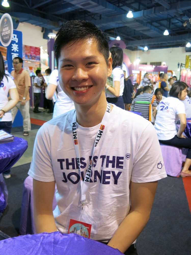 Vinson Low,Asia PD 我喜欢分享,我希望有机会和更多客人接触,因为分享最大的成就,是遇上感同身受的客人也认同你!