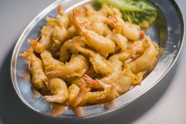 炸虾球(RM15) 虾的尺寸不小,可不是炸粉放多营造的错觉,口感既爽脆又新鲜,爱虾者可别错过了。