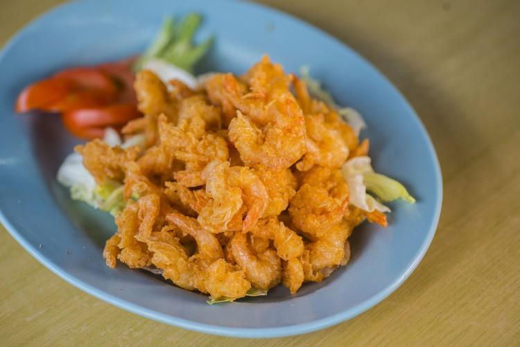 炸软壳虾(RM13) 连壳炸的小虾,口感香脆酥爽。