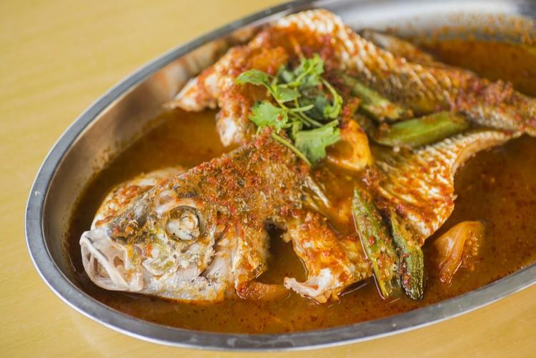 阿叁蒸鱼(时价) 选用白皂鱼,肉质佳,阿叁酱提味,很送饭。