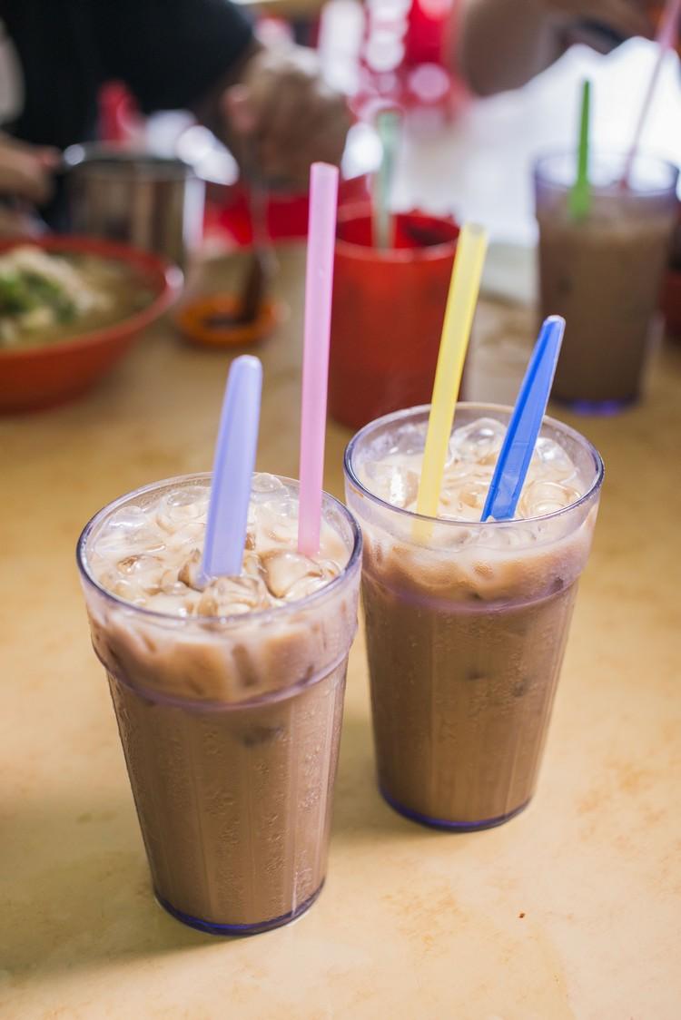 家家冰(RM2.20) 把薏米水混合本地咖啡,确实好喝。
