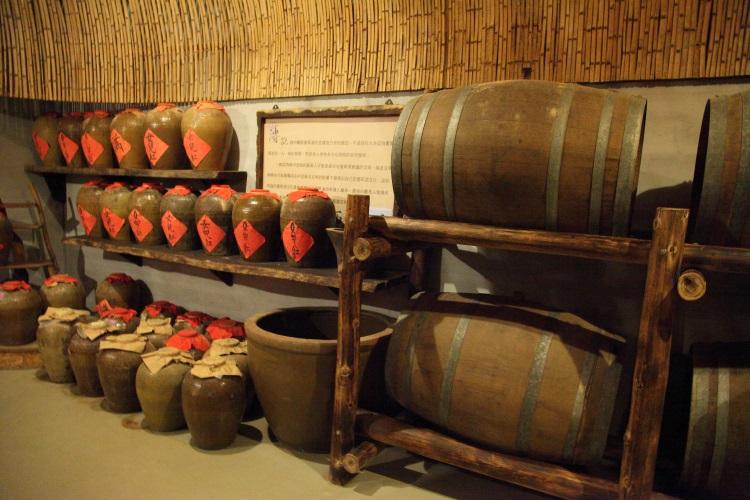 东方米酒与西方白兰地共处一室