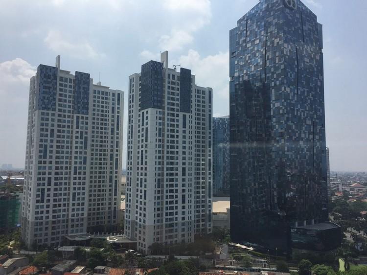 """雅加达南边高尚住宅区域的""""Kota Kasablanka""""购物心外观"""