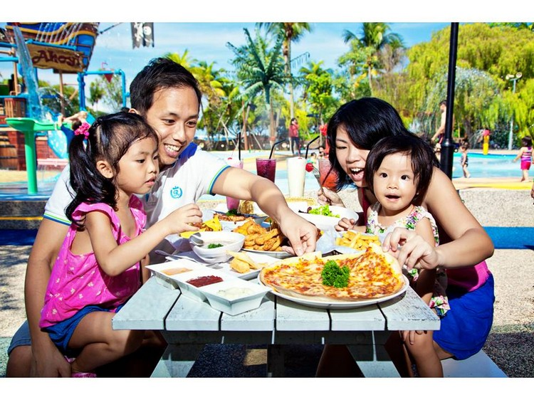 13. Family Dining @ Port Belly