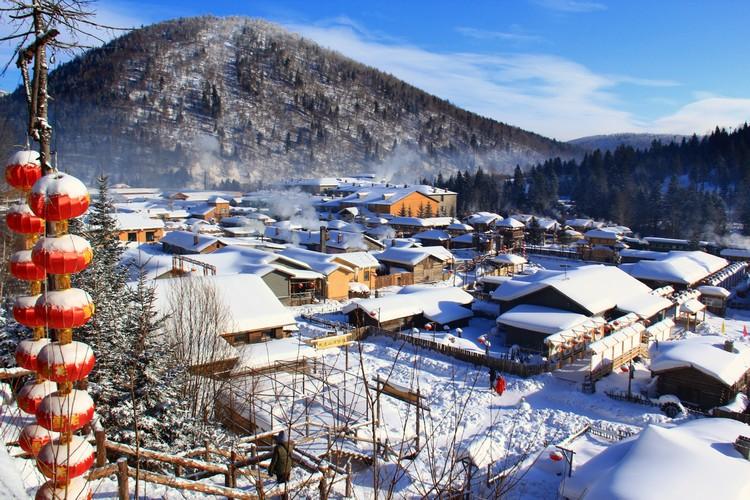 雪乡位于黑龙江省牡丹江市辖下海林市大海林林业局双峰林场。