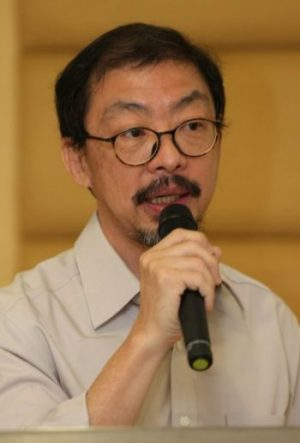 郑丁贤在抽签仪式上致辞时表达了华为报刊羽毛球赛事能重新主办的喜悦。