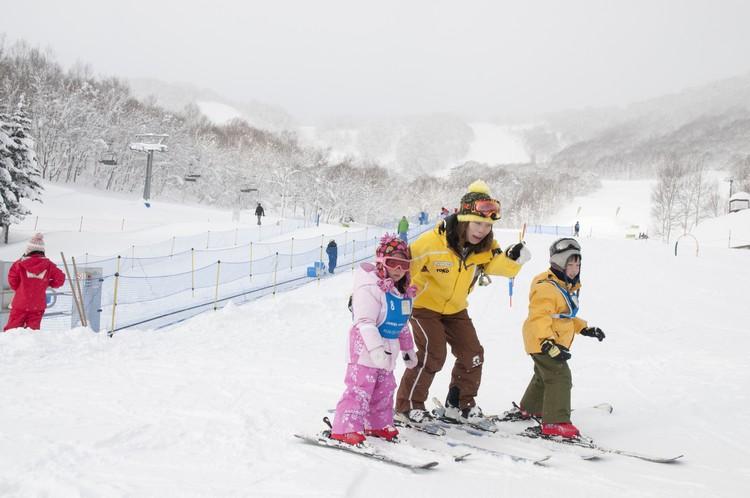 因为上佳的雪质,因此非常适合进行各种雪上活动。