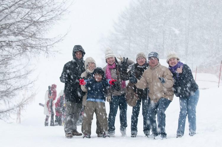 首次见雪之悸动,全家人一同相依相感受。