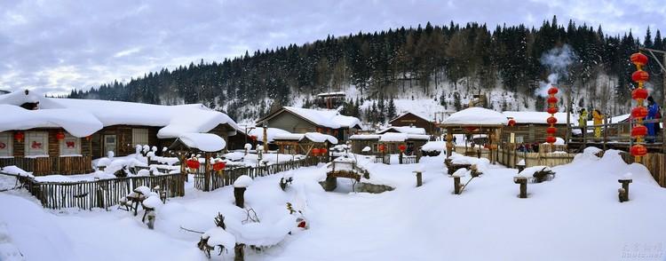 除了当地旅游条件上的问题,在前往雪乡前的个人准备也不能不谨慎,毕竟动辄零下摄氏20度的低温可不是开玩笑的。