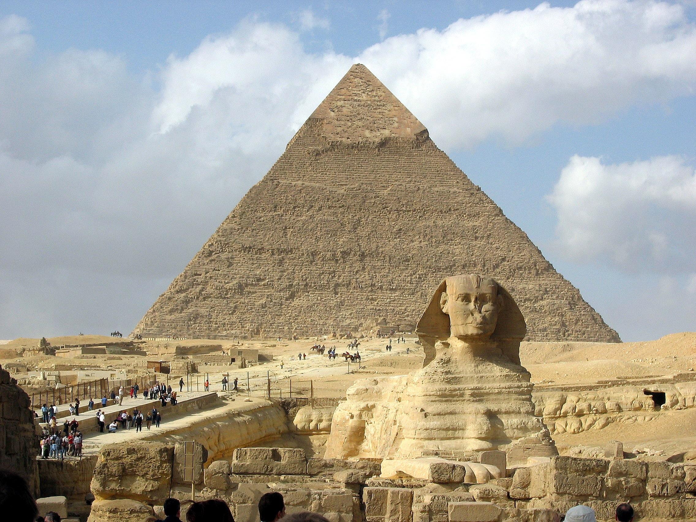 卡夫拉金字塔及獅身人面像