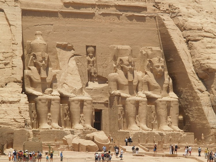 Abu-Simbel Ramesses
