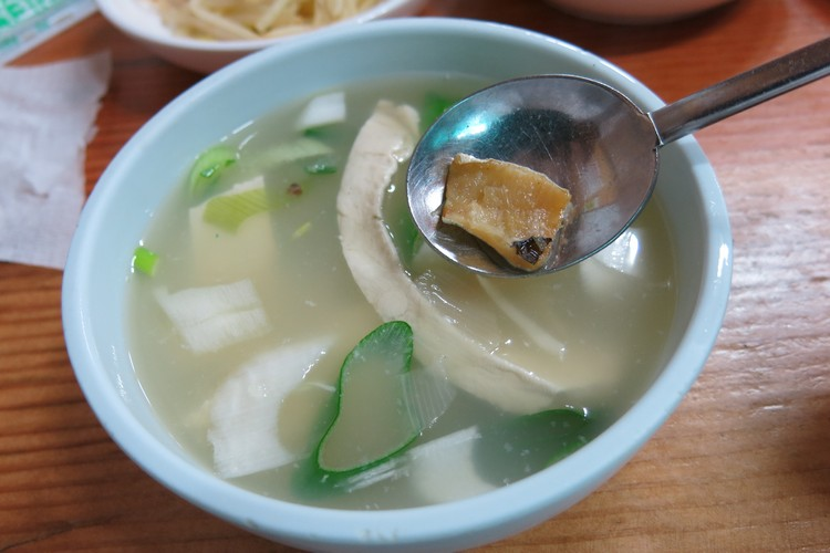 然而身在寒冬中,还是热汤最疗愈啦!