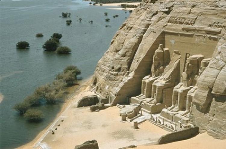 未搬迁时的神殿