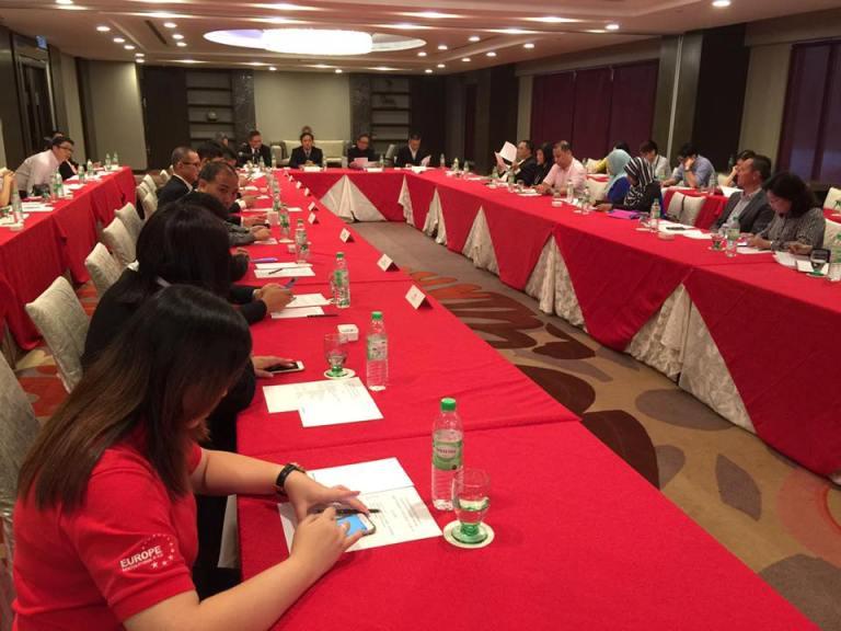 多家媒体和旅行社代表都出席了这场推介会。