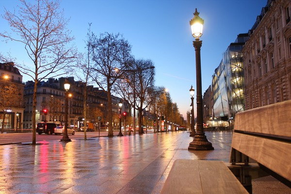 1 Paris Champs Elysee street in the evening