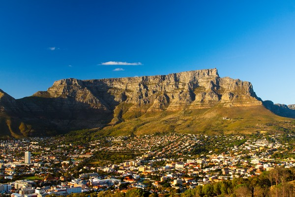 3 View of Table Mountain with city (Cape Town, South Africa)