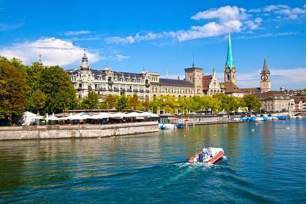 5Limmat River, Zurich 84235447