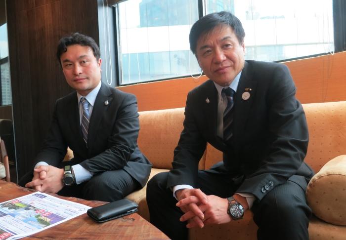 目前,三重县的主要推广族群对象为华裔。左为三重县雇佣经济部观光‧国际局国际战略课主事杉村尚志。