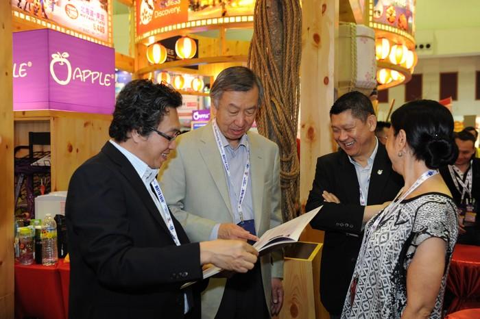 许桑展示了蘋果旅遊开幕典礼的本集。
