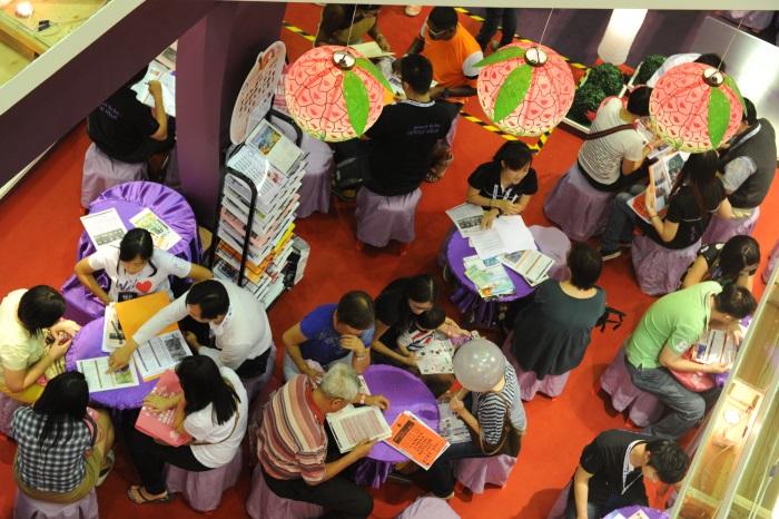 台湾浓厚的人情味和数之不尽的美食是吸引游人的利器。
