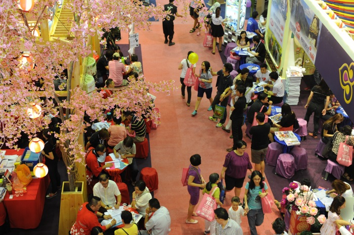 在樱花树下到底有何感?安排一趟日本赏樱之旅吧!