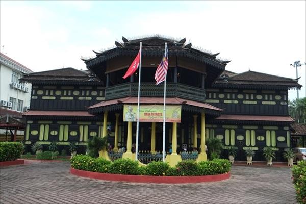 佳哈皇宫皇家习俗博物院