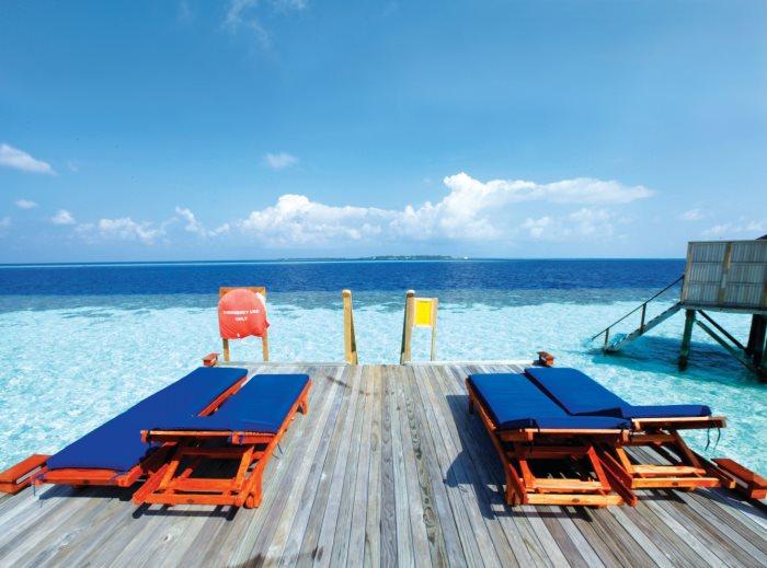 马尔代夫是无瑕的,因为它的海水清澈而蔚蓝。