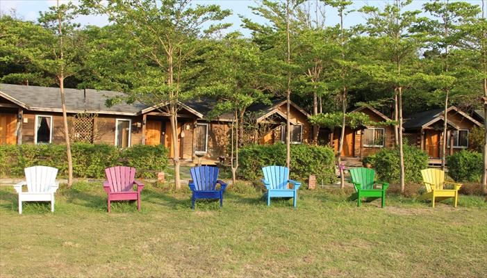 垦丁石牛溪农场渡假木屋采用原木搭建,别具一番风味。